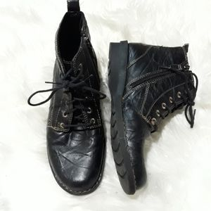 Clarks black leather lace up boots
